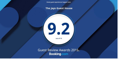 B.com Review Badge